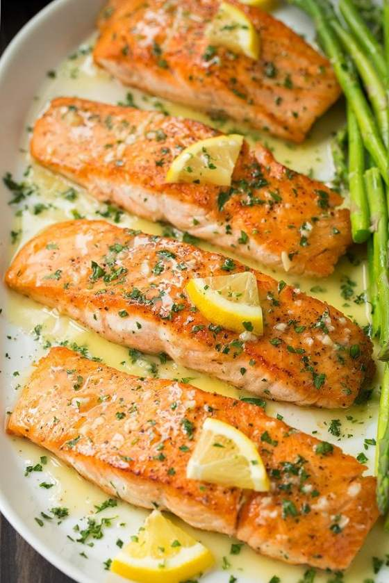 Pan Seared Salmon (with Lemon Butter Sauce!)
